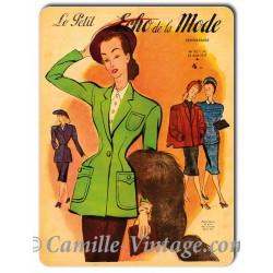 Plaque métal couverture Le Petit Echo de La Mode 24 août 1947